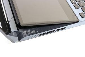 ASUS ROG Zephyrus Duo 15 GX550L im Test