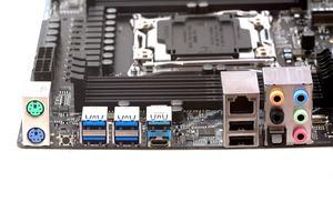 Das I/O-Panel beim ASRock X299 Extreme4 im Überblick.