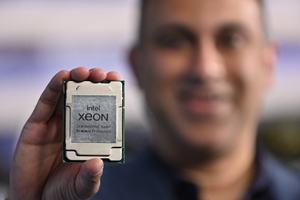 Navin Shenoy (Intel) mit Ice Lake-SP