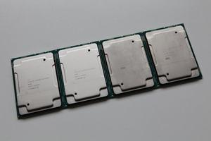 Intel Xeon Platinum 8280 und 8180