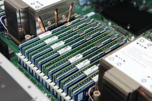 DDR4 und Intel Optaner DC Persistent Memory