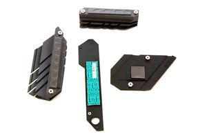 Die VRM-, der FCH- und M.2-Kühler beim ASUS ROG Strix X470-F Gaming.