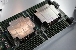 Intel Xeon Scalable 9200 Serie
