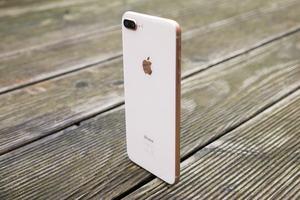 In puncto Größe und Gewicht hat das iPhone 8 Plus leicht zugelegt
