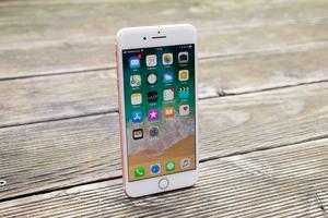 Das Apple iPhone 8 Plus startet bei 909 Euro, für 256 GB Speicher werder 1.079 Euro fällig