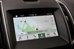Das Navigations-Modul in SYNC 3 arbeitet schnell, mehr Platz für die Karte wäre aber wünschenswert