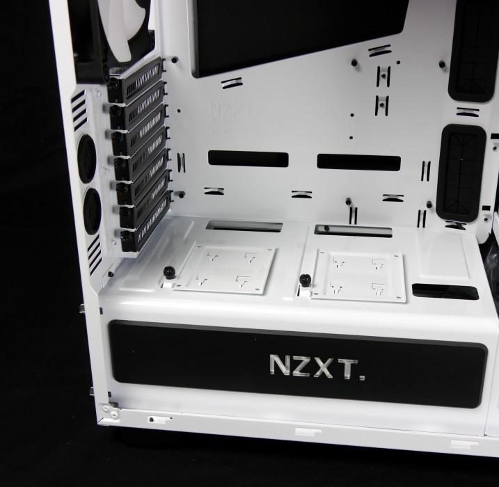 nzxt-h440-11-717x700.jpg